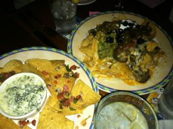 Nachos Grande & Spinach-Artichoke Dip