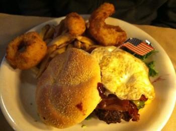 Burger at Ted's