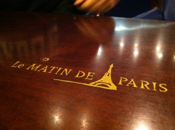 Matin de Paris table