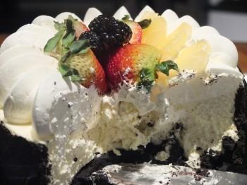 The Roof White Chocolate Cream Cake