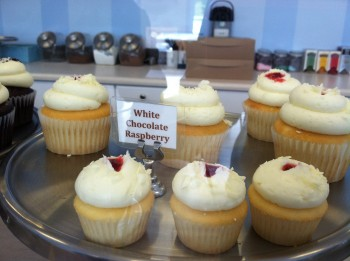 Cupcake Like It Sweet White Choc