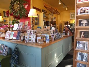 Darvill's Bookstore Inside