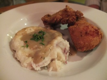 Country Cat Fried Chicken & Mashed Potatoes