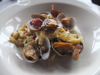 Eva Fettuccine with Clams