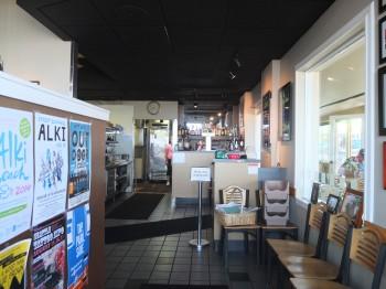 Alki Cafe Entry