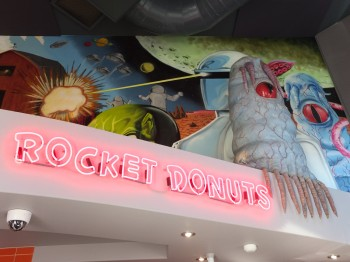 Rocket Donuts Fairhaven Signage & Mural