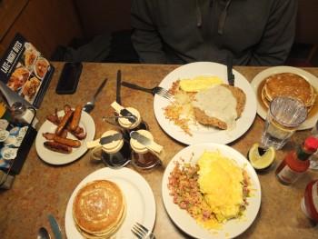 Perkins Breakfast Table