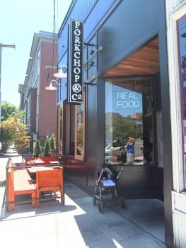 Porkchop & Co. Outdoor Seating