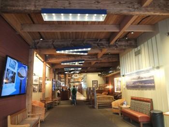 Ivar's Foyer Complete