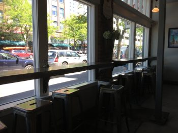 Madeline's Barquette Window Seating