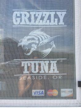Grizzly Tuna Window Logo